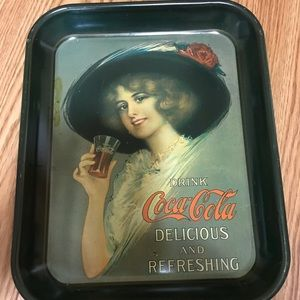 1912 Coca-Cola Girl with Hat Tray